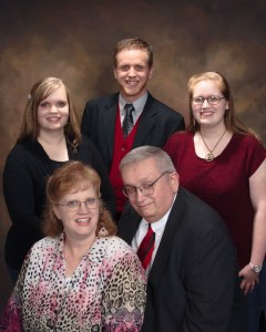 Pastor_Gee_Family_Photo